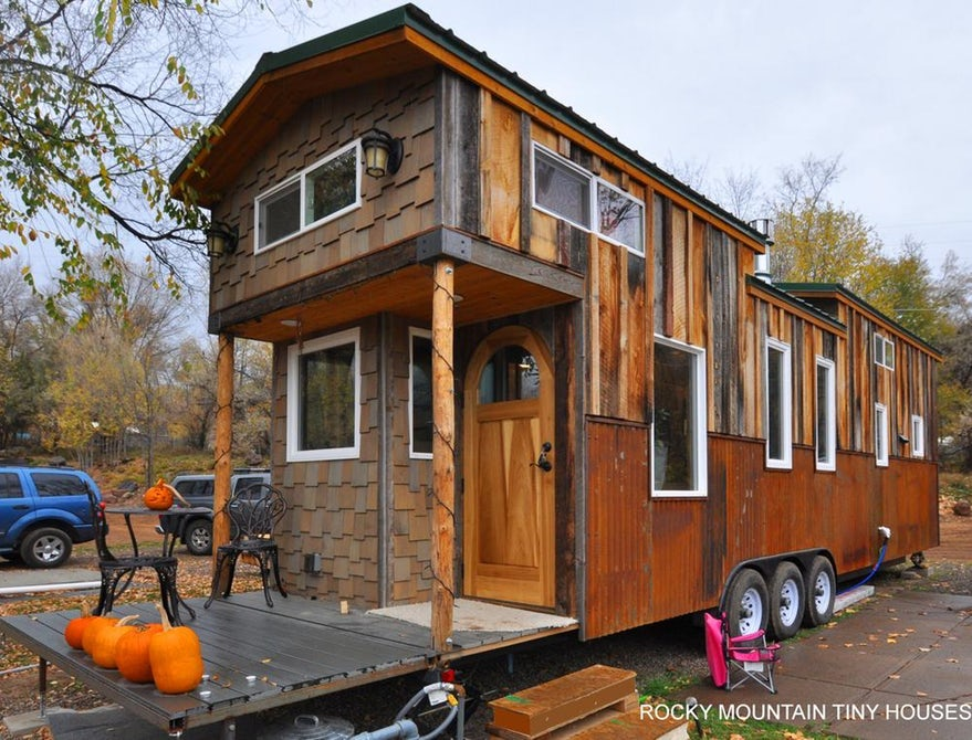Vintage 3 Bedrooms Tiny House